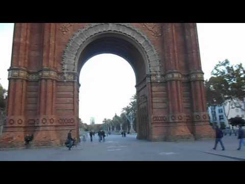 Барселона Триумфальная арка