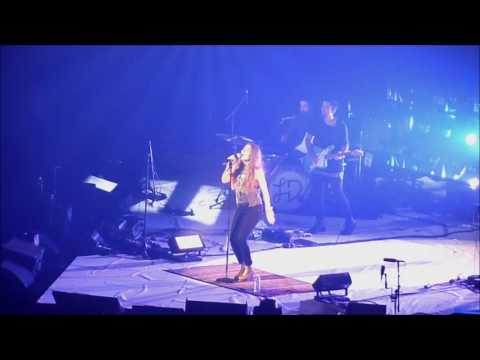 How Can It Be - Lauren Daigle - Houston, Texas - July 23, 2016
