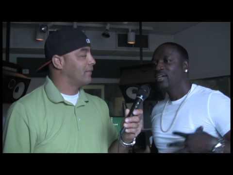 LA.SMOOTH Interview AKON