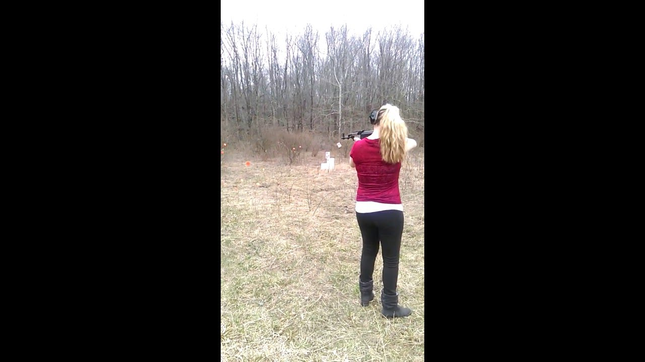 Beautiful Girl shooting AK-47 - YouTube