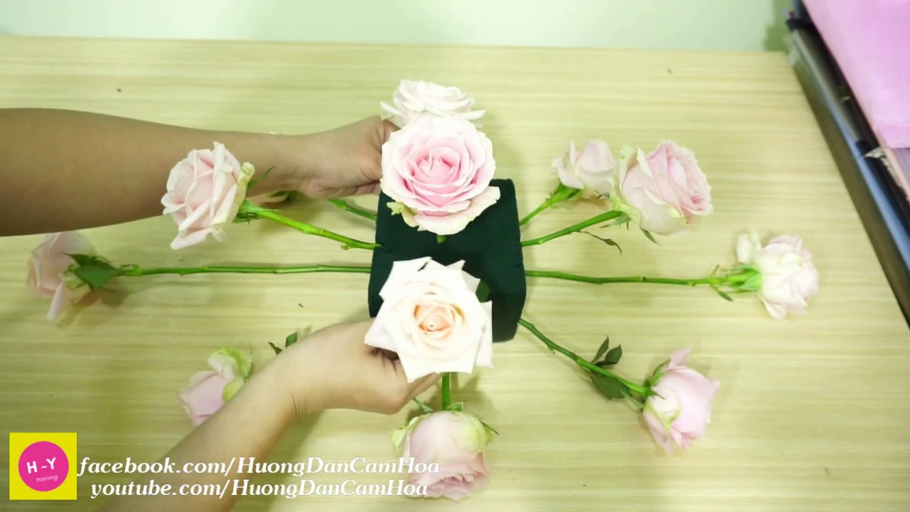 Cách cắm hoa để bàn đẹp ,Hoa Baby trắng mix Hoa hồng Tím Cắm hoa  45