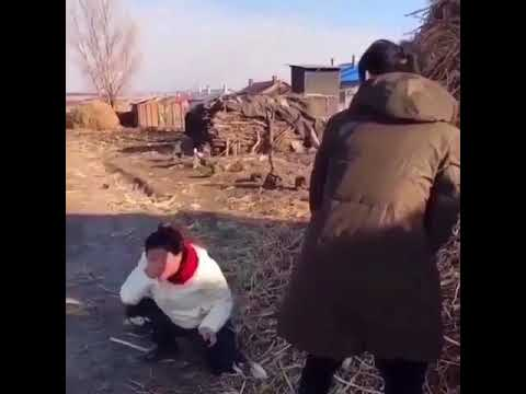R kelly pees on girl