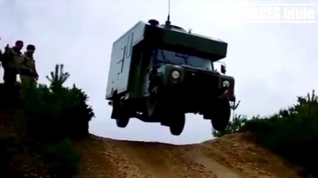 ROYAL MARINES COMMANDO FLYING AMBULANCE - YouTube