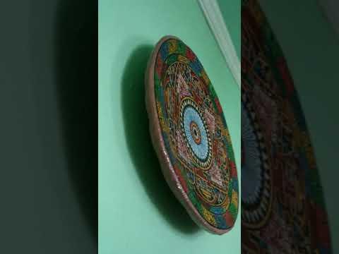 Тарелка диаметром 42 см декоративная керамическая с креплением для стены, ручная роспись.