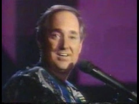 NEIL SEDAKA (slow version - live) - Breaking Up Is Hard To Do