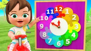 Little Baby Girl Fun Play Learning Numbers for Children Wooden Clock Color Numbers 3D Kids Education
