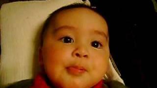 Mi bebe diciendo papa por primera vez (José Tomás 6 meses)