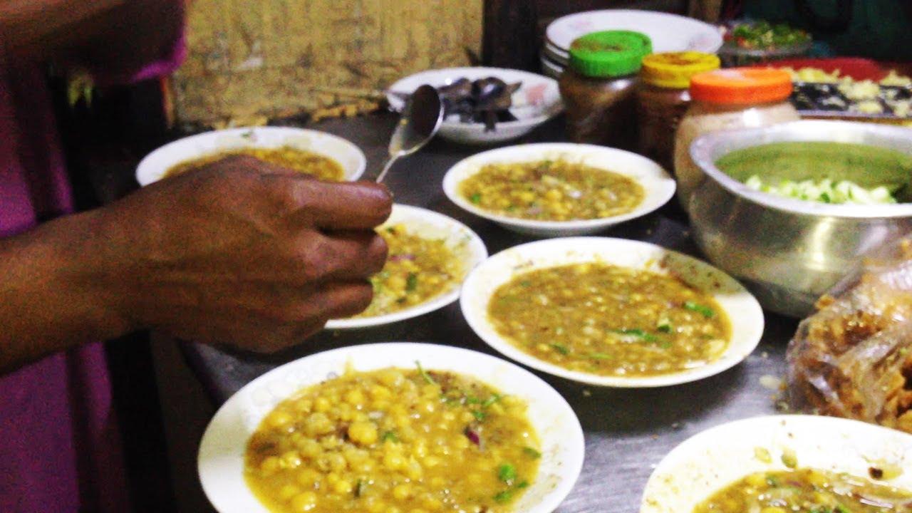 Bangladeshi street food chotpoti chotpoti travel for food youtube bangladeshi street food chotpoti chotpoti travel for food forumfinder Images