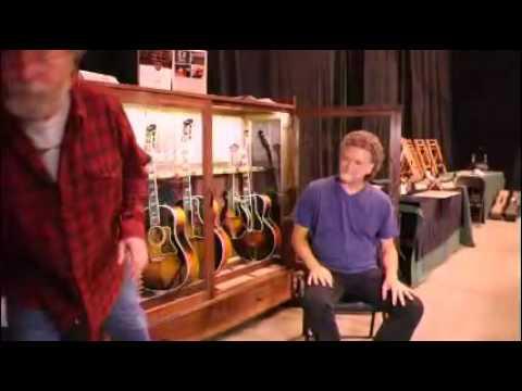 American Music Furniture Company Guitar Habitat®
