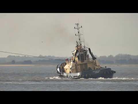 OOCL JAPAN departs deep water Berth 8 Felixstowe