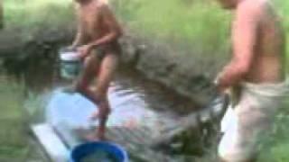 Download Video MANDI BARENG JABLAY HOT Dan Telanjang !!!!!!.3gp MP3 3GP MP4