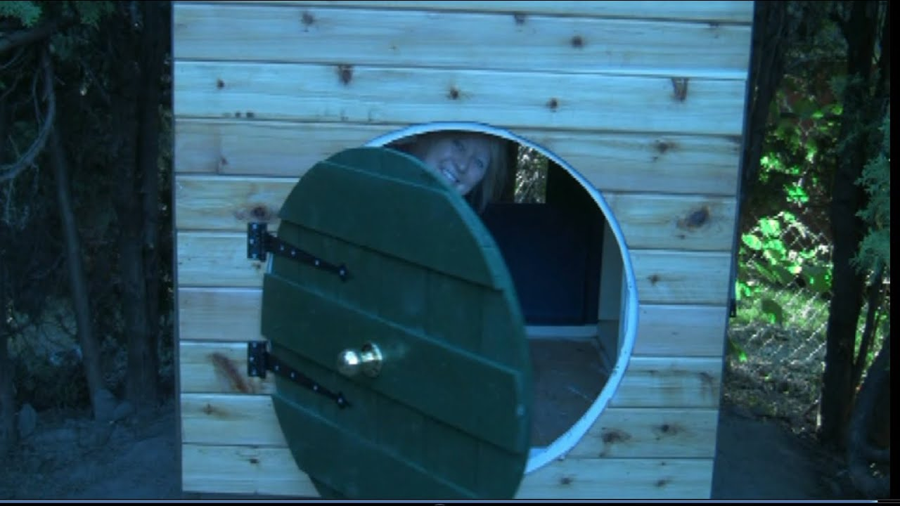 Hobbit Hole Playhouse Part 4 of 5 Siding and the round front door & Hobbit Hole Playhouse Part 4 of 5: Siding and the round front door ...