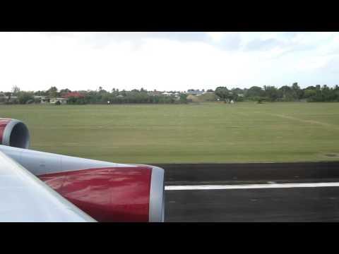 Virgin Atlantic VS051 take off at Tobago.MOV