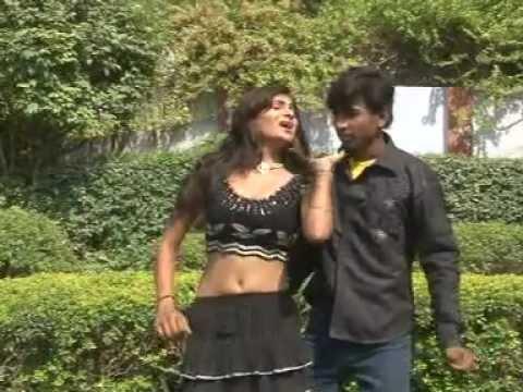 Bhojpuri Love Sexy Hot Romantic Girl Dance New Video Song Of 2012 Hamke Tohra Aaisan Ke Hun