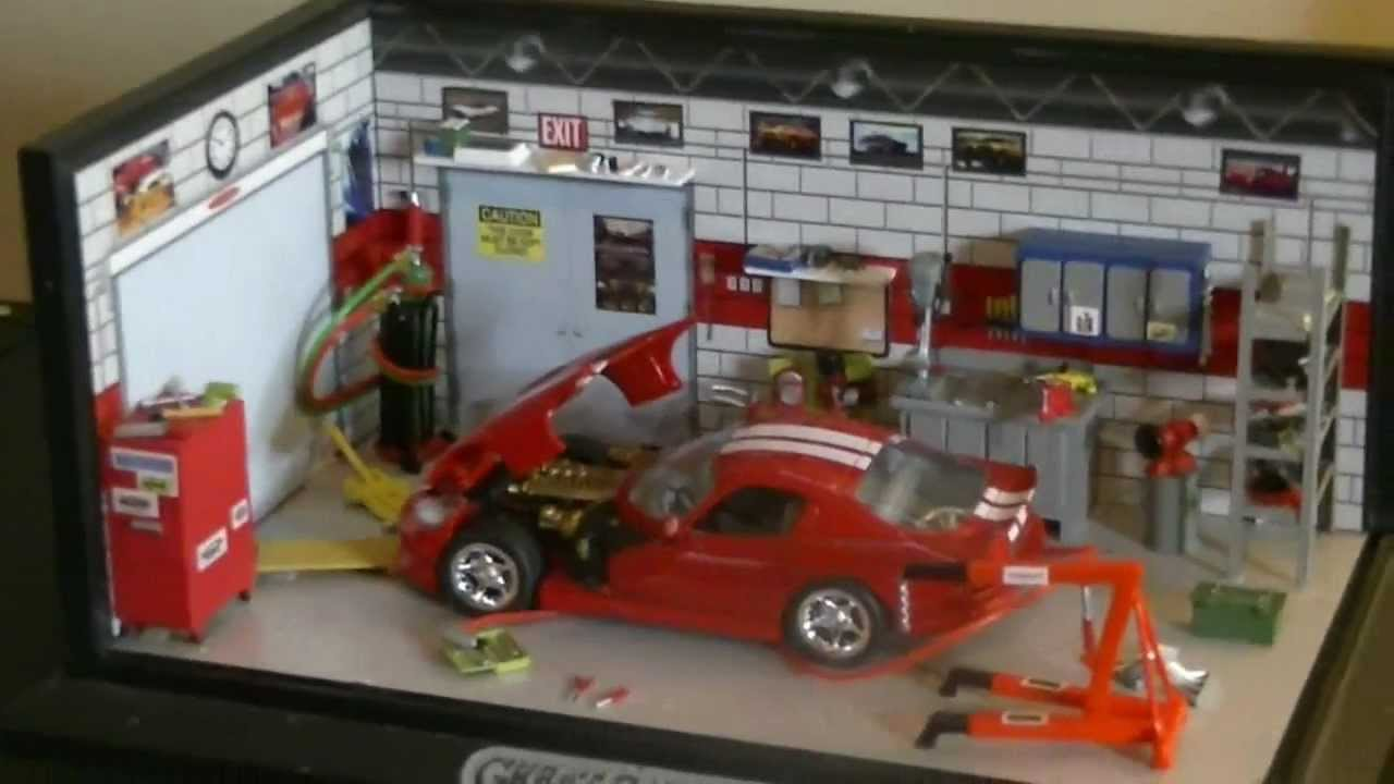 Dodge Viper 1:43 Scale Custom Garage Diorama from Garage ...
