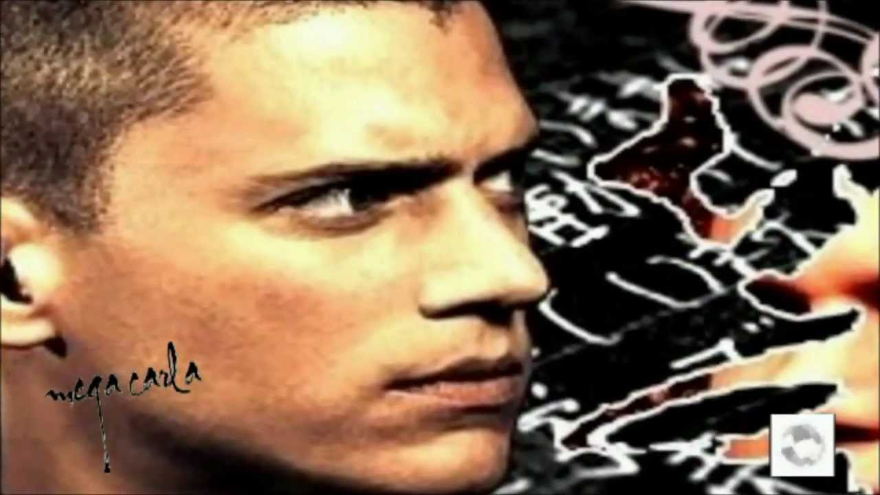 Wentworth Miller .. charming smile ! - YouTube