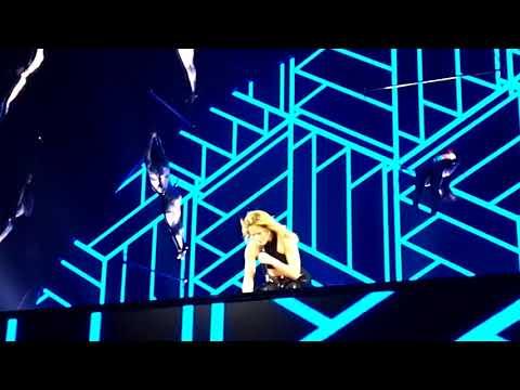 Helene Fischer Achterbahn  (Afrojack Remix) 24.01.2018 Lanxess Köln FOS