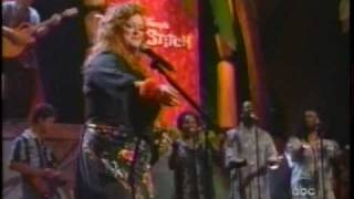 "Wynonna - ""Burning Love"" Live"
