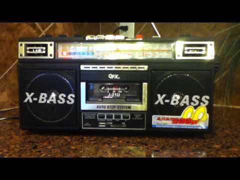 QFX J-21U    Am/Fm/ Sw    Radio Cassette player  1980's Retro collection