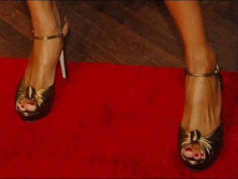 Does Ciara Have Ugly Feet ?