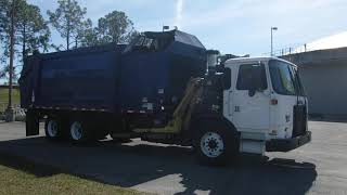 2015 Autocar ACX64 Xpeditor 8 9L L6 DIESEL Refuse Truck Blue   9202