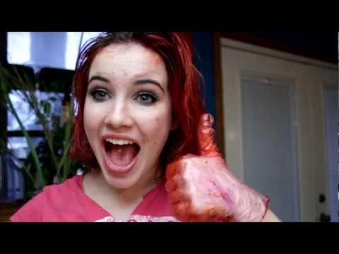 DIY: How to temporarily dye your hair with food coloring