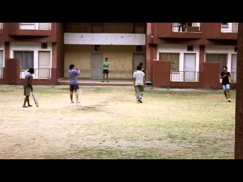 Kumars stunning fielding at DPL - IITG (HD)
