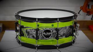 Neon Acrylic Snare 14¨ x 6.5¨/ Black Mate Hardware / Aquarian Heads.