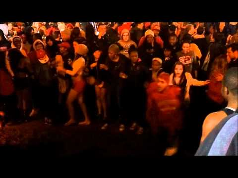 Ohio State University - Mirror Lake Jump 2011 - Walking Fails!