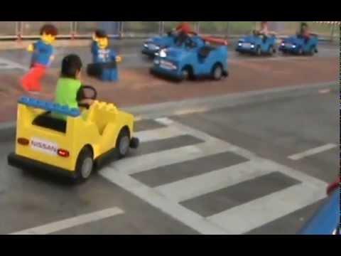 Upin Ipin di Legoland Malaysia :) - YouTube