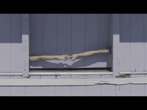 LEXIE ROTH - HANGING AROUND