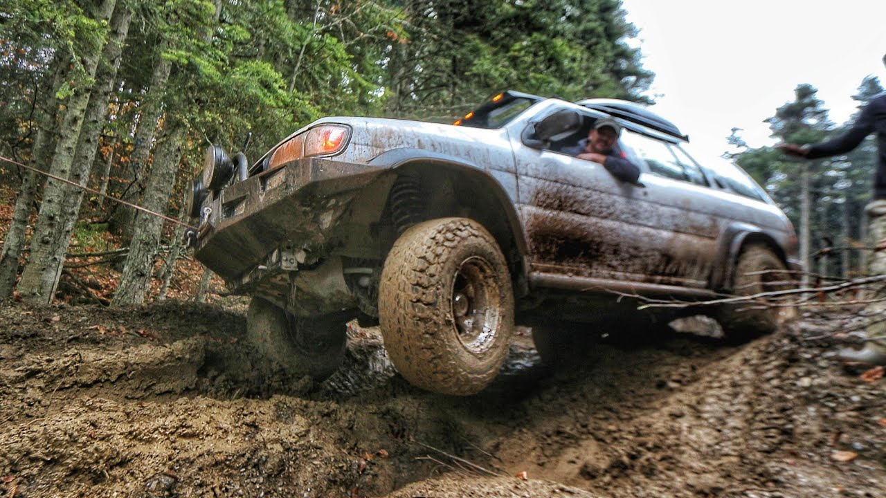 nissan pathfinder 3 3 v6 mud off road hd youtube nissan pathfinder 3 3 v6 mud off road