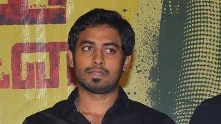 Pazhaya Vannarapettai trailer impressed me so much - Aari