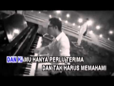 Peterpan Noah) Ft  Momo (Geisha)   Cobalah Mengerti (Karaoke Original Clip)   YouTube 2