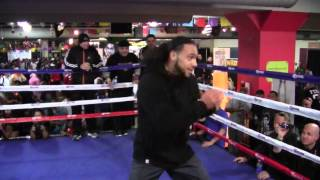 Keith Thurman Wows Crowd Shadowboxing In Street Clothes