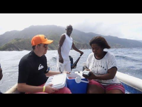 Tourist businesses get creative in cash-poor Venezuela