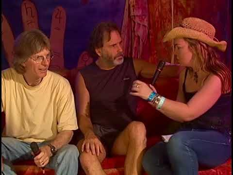 Phil Lesh and Bob Weir at Bonnarroo Backstage on GigginTV.com