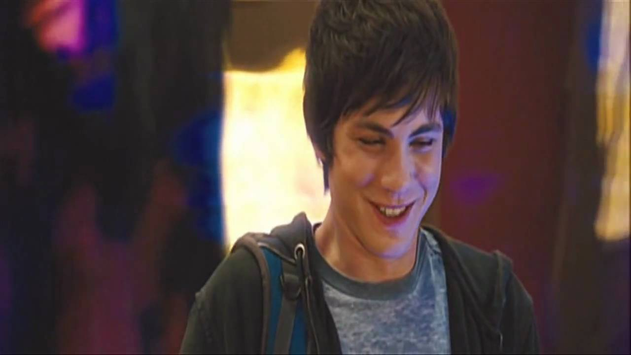 Logan lerman laughs percy jackson and the lightning thief youtube izmirmasajfo