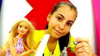 Видео для девочек - Кукла Барби на экзамене по маникюру