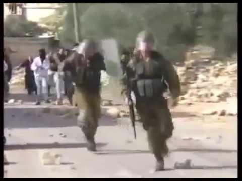 Tentara Zionis Israel lari dengar Takbir dan di lempar batu