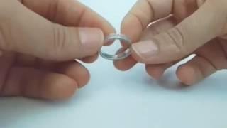 Обручальное кольцо с бриллиантами из белого золота 585 пробы.