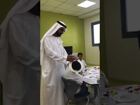 Dubai ruler tours Ministry of Education