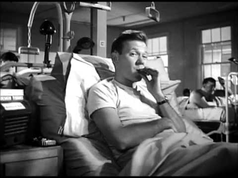 The Men (1950) - Moving in with the paraplegics