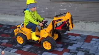 Funny Tema ride on TRACTOR Excavator and Power Wheels Apple car