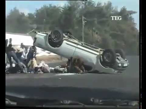 Ute crashes ontop of 20 people. 2006 Holden Rodeo - Will it Arab Drift ...
