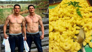 What Vegans Eat In A Day - Mac & Cheese