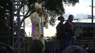 Richie Spice - Youth Dem Cold 2010 Live in California