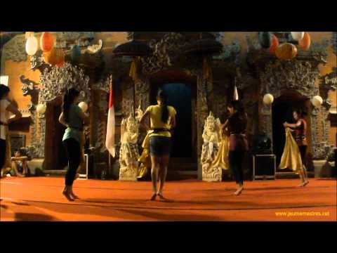Bali Contemporary Dance