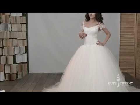 Платья на свадьбу. Купить белое платье для невесты и синее платье .