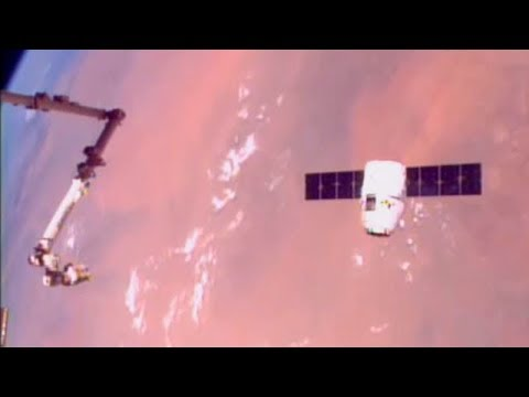 Timelapse Footage Of Space-X Dragon CRS-12 ISS Approach And Capture 4x